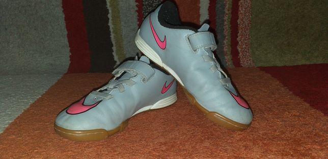 Adidași Nike copii,nr.30 și 18,5cm