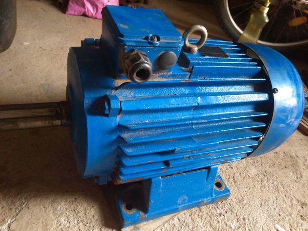 Motor electric de vanzare