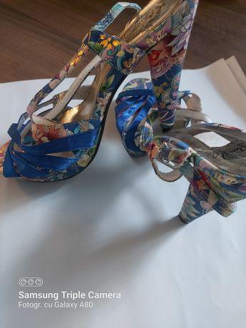Sandale ocazie marime 38