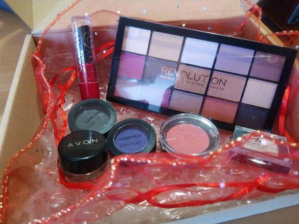 Комплект гримове на Make up revolution, Golden rose, Maybelline и др
