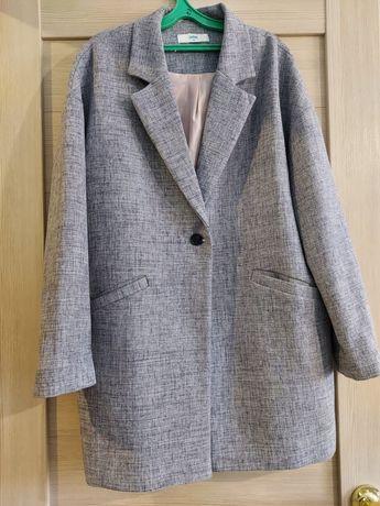 Продам легкое пальто-пиджак