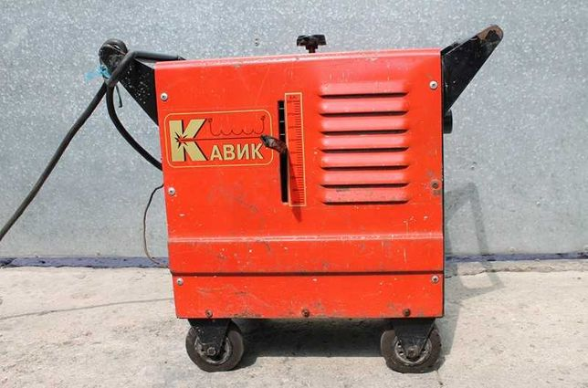 Сварочный аппарат (сварочный трансформатор) КАВИК ТДМ-303, 220/380