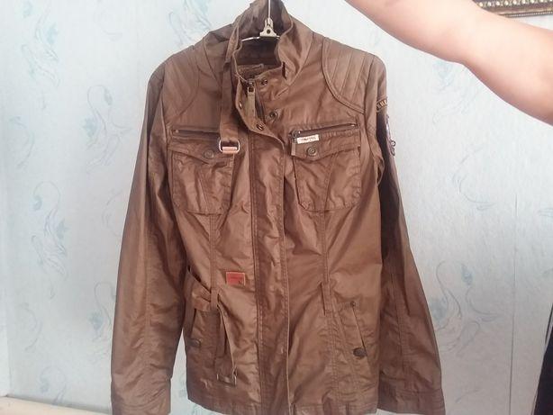 Куртка из (Германии)