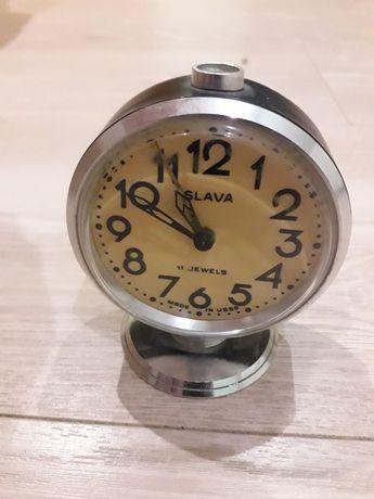 Ретро будилник Слава