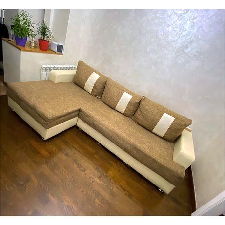 Угловой диван-диван кровать б/у