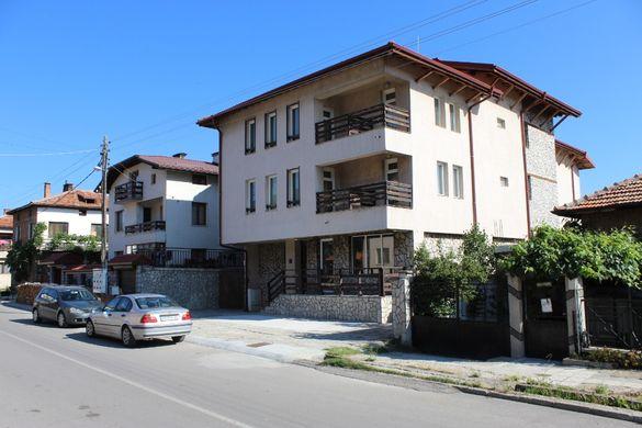 Продажба на семеен хотел в гр. Банско