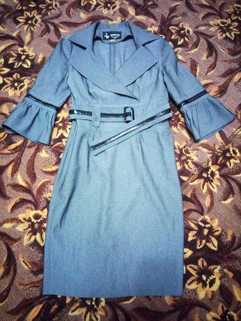 Платье офисное для худенькой