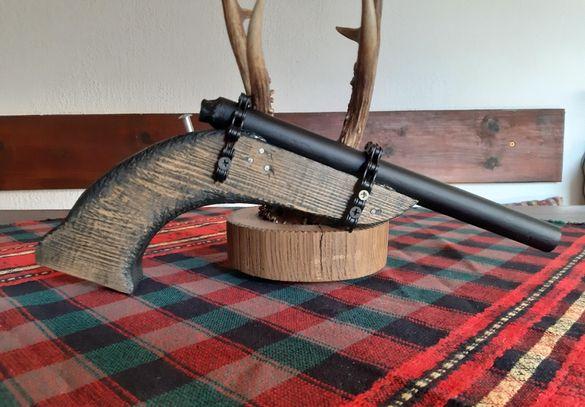 Стар декоративен пистолет
