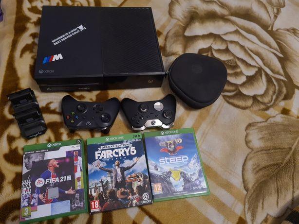 Xbox one elite folosit , in stare foarte buna 1TB