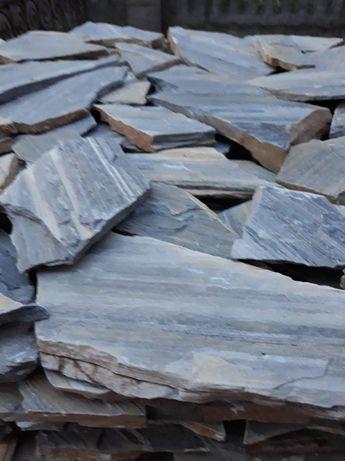 Vând piatră naturală decorativă ornamentală pentru placat sau pavaj !