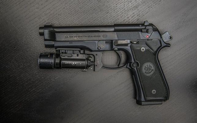 Pistol Calitate Superioara-Beretta Airsoft - Modificat 4,1 jouli