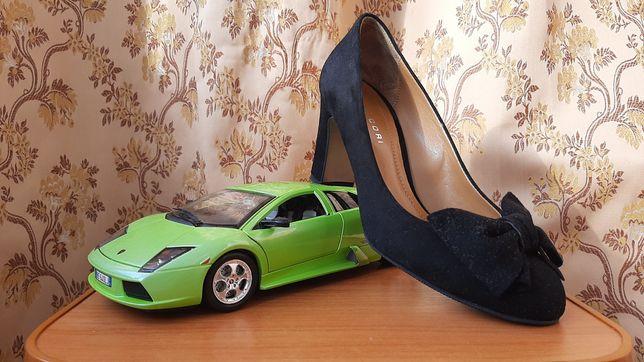 Pantofi  A N N A .  C O R I