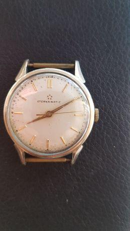 Ceas de mână Eternamatic.