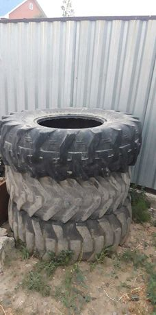 Шины на Трактор JCV