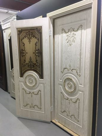 Входные и межкомнатные двери со склада