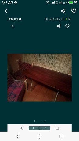 Продам кухонный уголок стол и две Лавочки