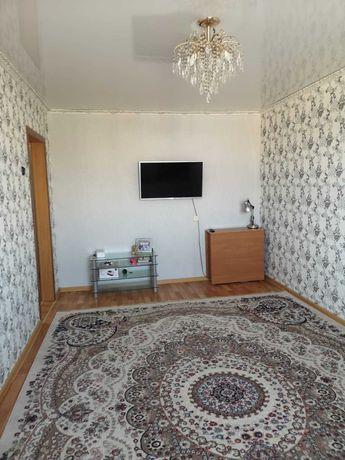 Продаётся трёхкомнатная квартира в 4 мкр
