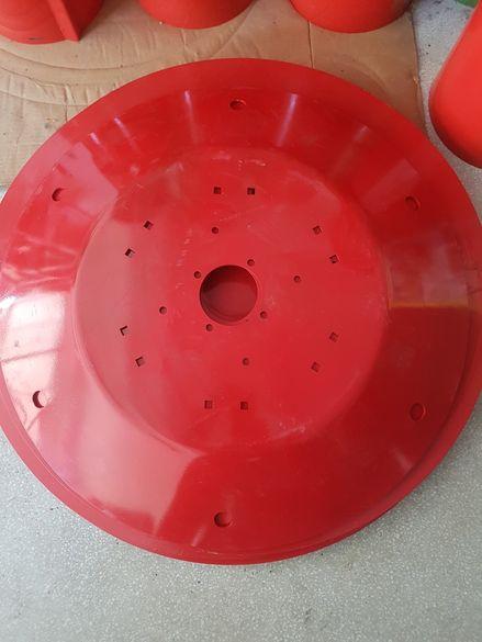 Горни и Долни тави за полски дискови косачки