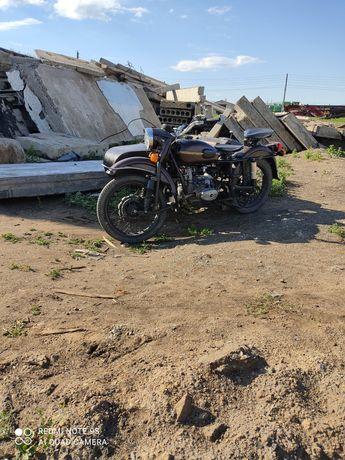 Продам мотоцикл Урал