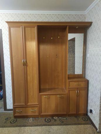 Продам шкаф для прихожей