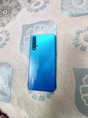 Телефон Huawel nova 5T