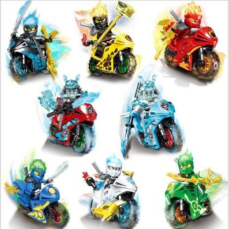 Minifigurine tip Lego Ninjago cu 8 motociclete si Generalul Vex