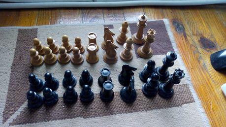 фигури за шах,дървени и бекелитови фигури