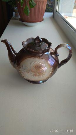Чайник форфоровый.1000 тенге
