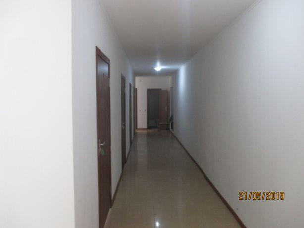 Сдам комнату в общежитии 35000 плюс ком услуги