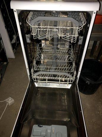 Продаю посудомоечную машину.
