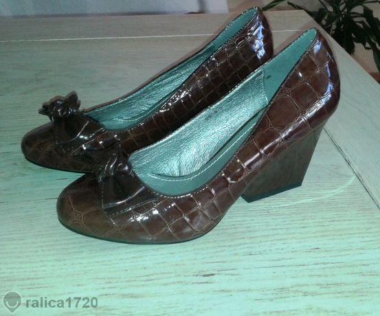 кокетни обувки