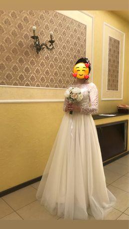 Красивое свадебное платье