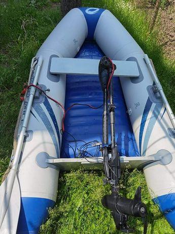 Лодка с електрически мотор и сонар Garmin