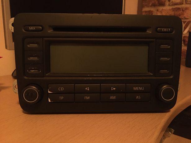 Radio CD Volkswagen - original -Golf 5.