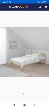 Продам кровать  Икея с матрасом