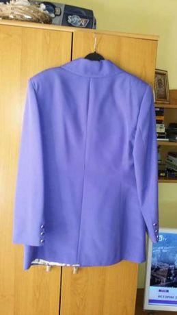 Костюм с къса пола, ленен костюм