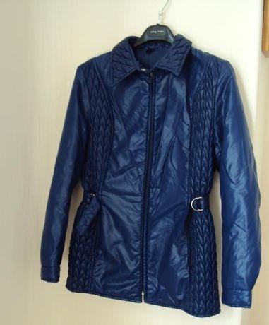 Продавам марково качествено яке