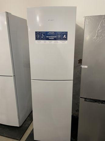 Атлант холодильник белый
