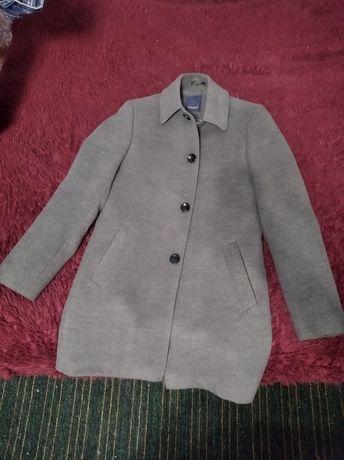 Продам пальто осень