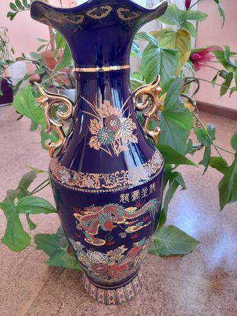 Продаётся ваза напольная
