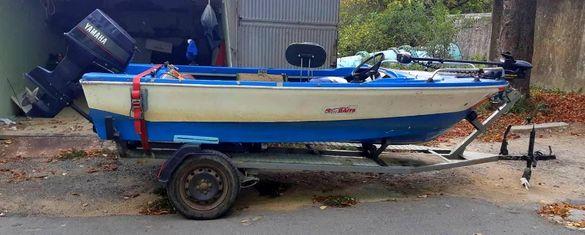 Лодка с колесар yamaha johnson риболов lodka s kolesar ribolov