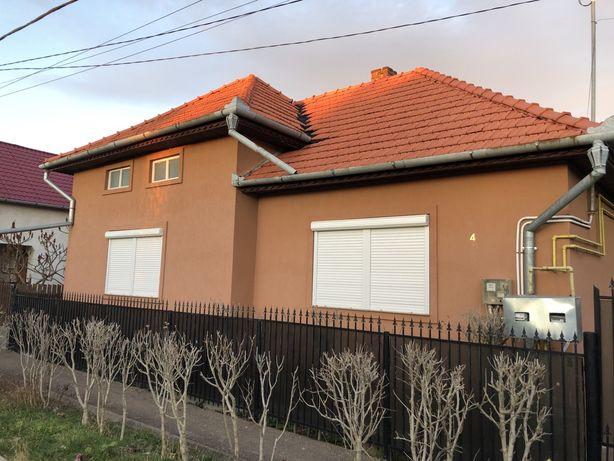 Casa de vanzare sau schimb cu apartament nou in Oradea