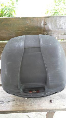 Продавам Куфар за Мотор-Багажник
