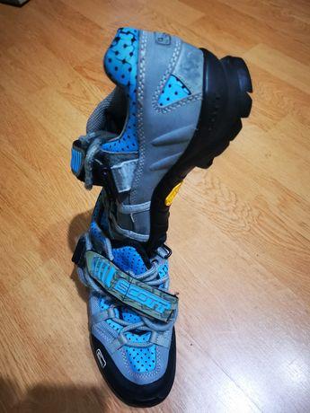 Vând pantofi ciclism MTB Scott