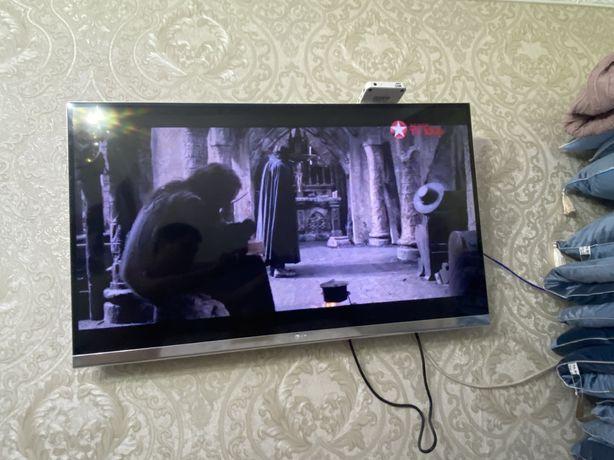 Продам LG SMART TV 109 см
