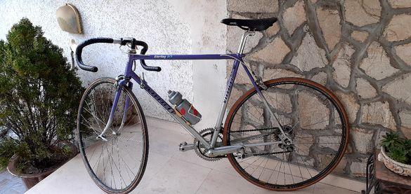 Шосеен ретро велосипед