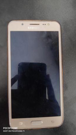 Продам смартфон Samsung J5 2016
