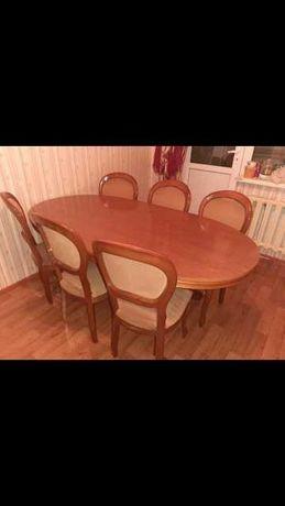 Качественный Итальянский стол и 5 стульев