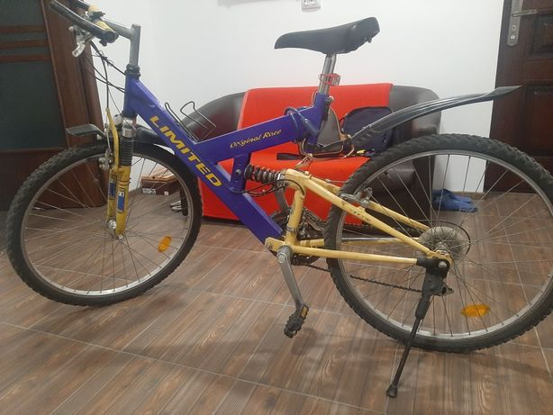 Vand bicicleta full suspension