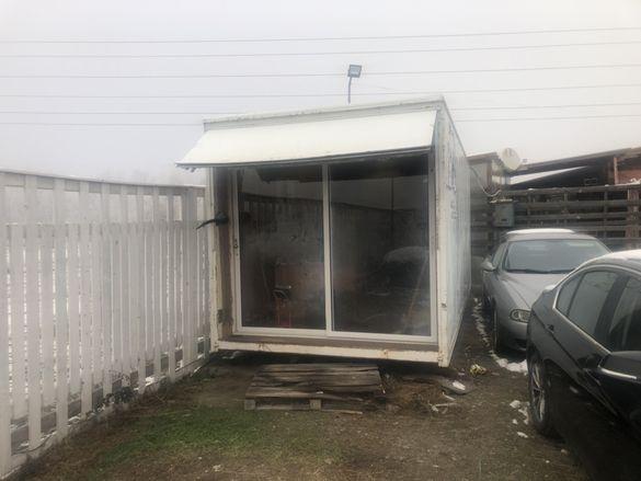Мобилен офис / фургон